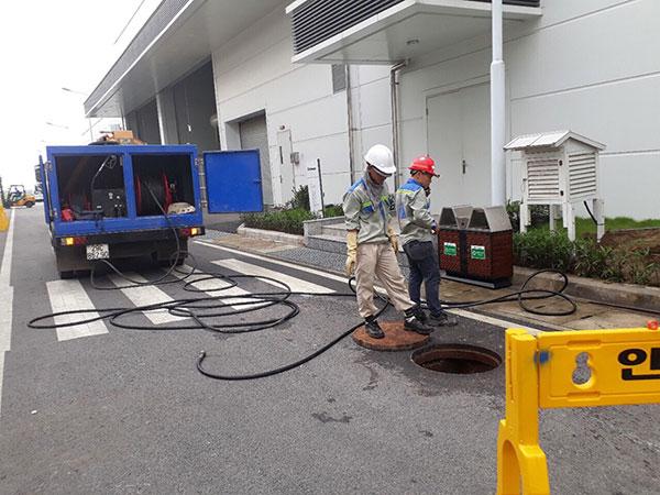 Thông cống khu công nghiệp Hải Phòng