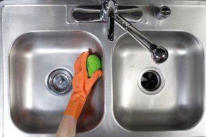 5 thứ không nên cho vào bồn rửa bát