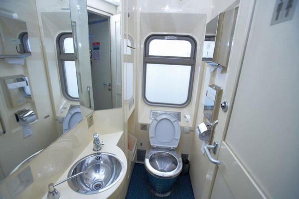 Hút bể phốt cho tàu hỏa tại Hải Phòng