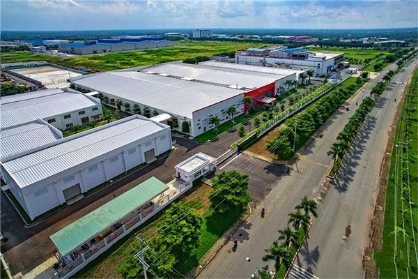 Thông tắc cống tại khu công nghiệp Đình Vũ