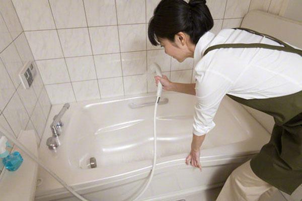 Mẹo dọn dẹp nhà vệ sinh sạch bóng hiệu quả nhất